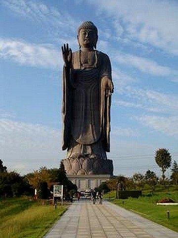 statues24.jpg