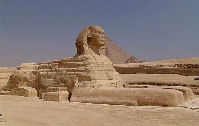 pyramidesgiseh1 dans VOYAGES
