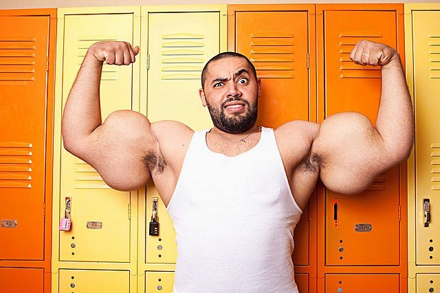 POPEYE N'A QU'A BIEN SE TENIR ! dans INSOLITE biceps