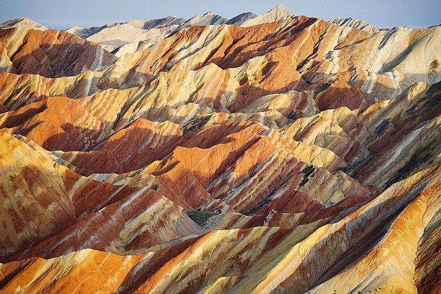 SUR LES FALAISES DE GRES dans INSOLITE falaises