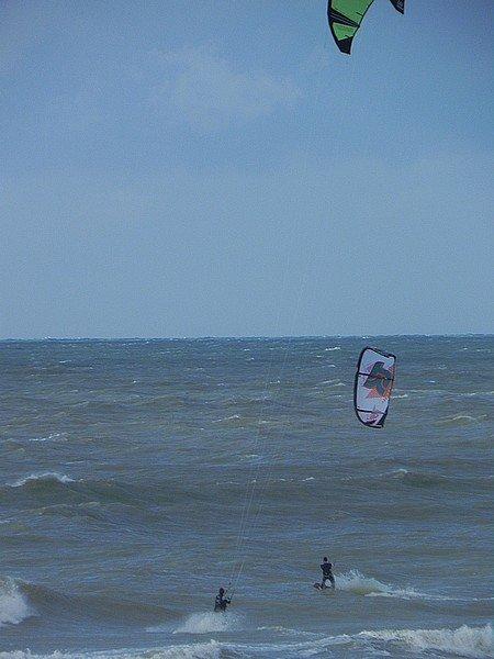 KITE-SURF AU TREPORT (HAUTE-NORMANDIE) dans LOISIRS normandie-206
