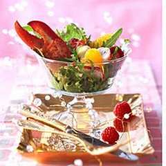 SALADE DE HOMARD AUX FRAMBOISES dans CUISINE DU MONDE homard