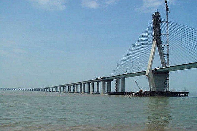 LE PONT DE LA BAIE D'HANGZHOU dans LES PLUS GRANDS PONTS DU MONDE pont20