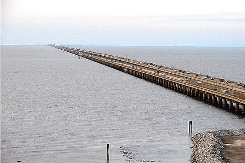 LE PONT LAKE PONTCHARTAIN CAUSEWAY dans LES PLUS GRANDS PONTS DU MONDE pont5