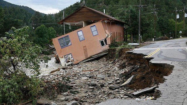 DEVASTATRICES dans INSOLITE devastre